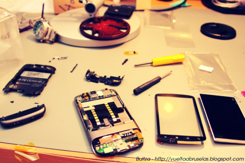 Nexus One disassembled